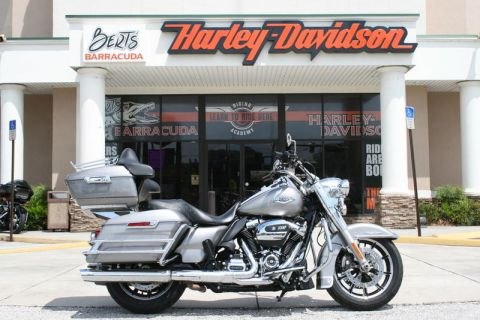 Pre-Owned 2017 Harley-Davidson Touring FLHR - Road King